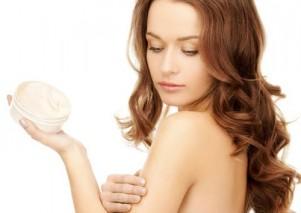 Cách thoa kem dưỡng da cho hiệu quả tốt nhất