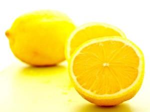 5 loại tinh dầu tốt nhất giúp điều trị nám da