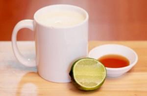 Mẹo dưỡng da trắng hồng từ loại nước rẻ tiền