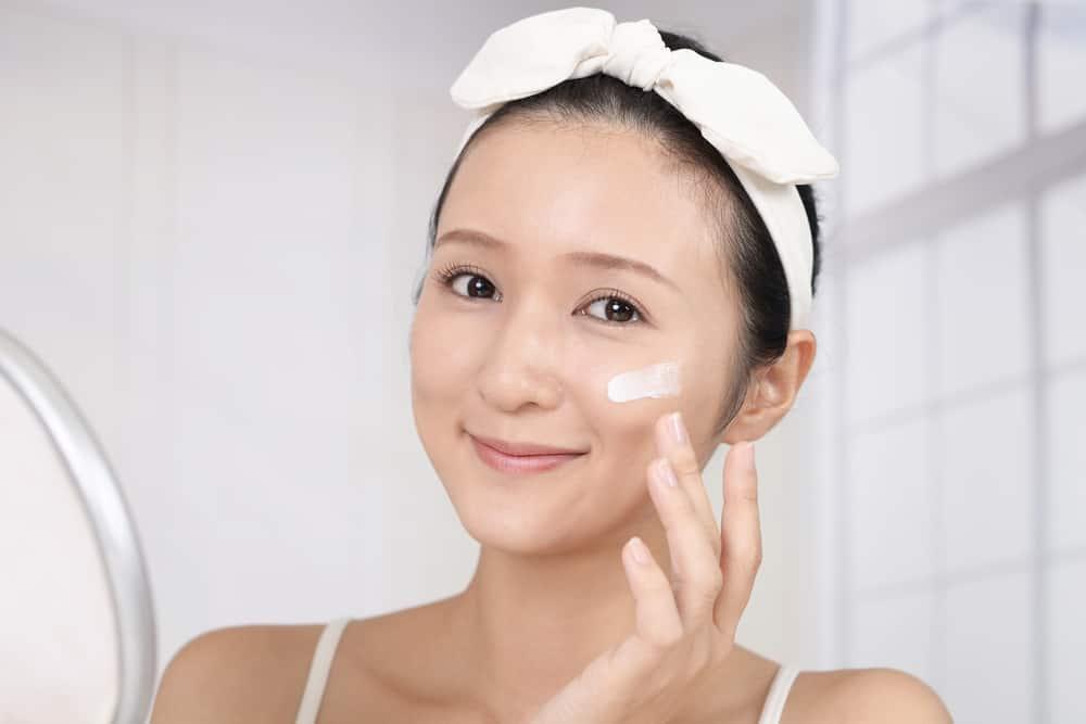 Những mẹo rửa mặt này sẽ giúp rất nhiều cho da chúng ta