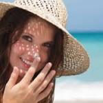 Kem chống nắng giúp hạn chế tối đa tình trạng tàn nhang, đốm sắc tố