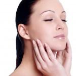 Sau khi điều trị da bằng laser, nên bảo vệ da bằng kem chống nắng nào?